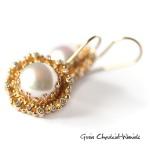Złote kolczyki z brylantami i perłami