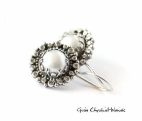 "Kolczyki ""White Pearls"""