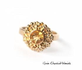 Złoty pierścionek z cytrynem