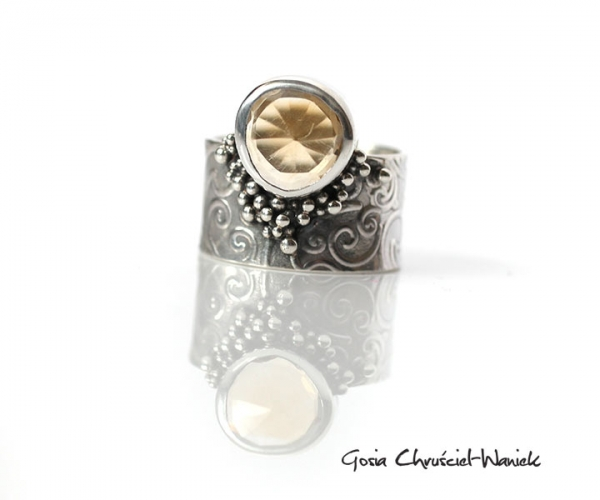 Autorska biżuteria - pierścionek z cytrynem