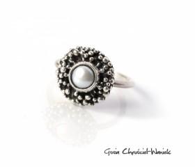 """Pierścionek """"Pearl"""" ze słodkowodną perłą"""