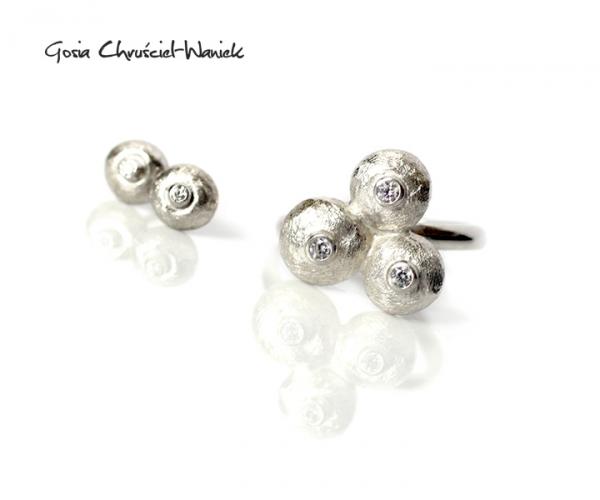 Komplet ze srebra z cyroniami