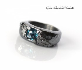 "Sygnet ""London Blue Topaz"""