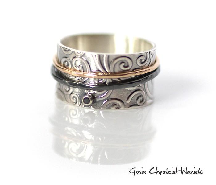 Srebrna obrączka ze złotem i czarnym diamentem