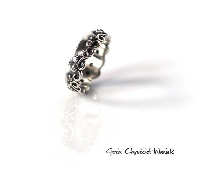 Zdobiona obrączka srebrna