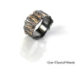 Kora – srebrno złota organiczna obrączka