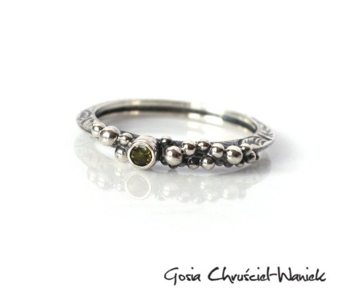 Srebrny pierścionek z turmalinem