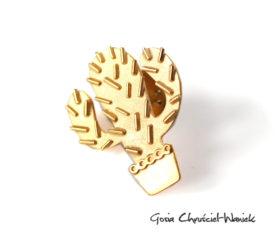 Złocony pin, przypinka – kaktus