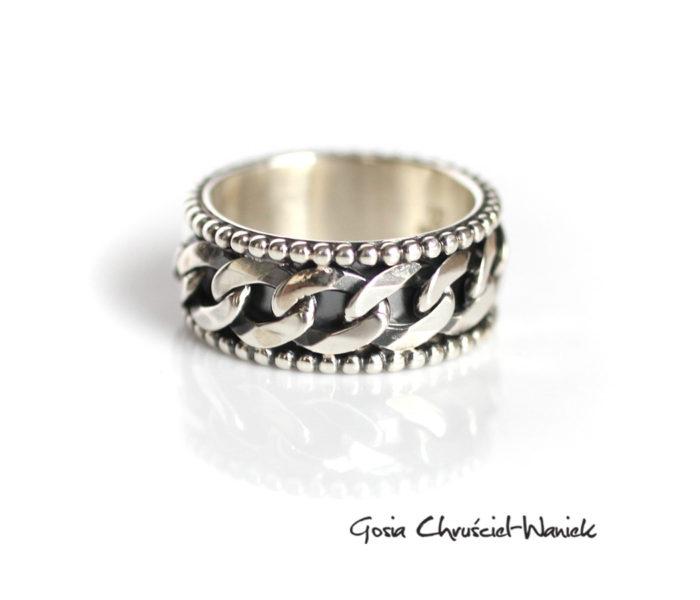 Pancerka - srebrna obrączka