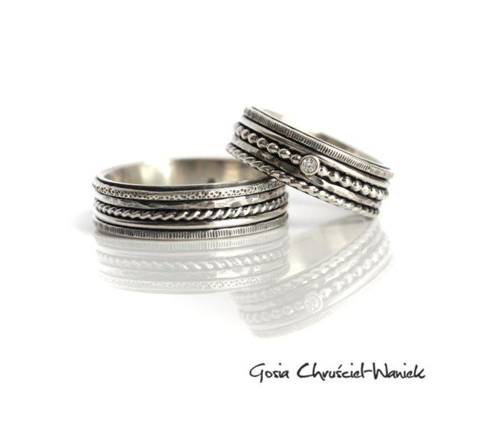 Autorskie obrączki ze srebra z brylantem