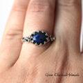 Srebrny pierścionek z czarnym labradorytem