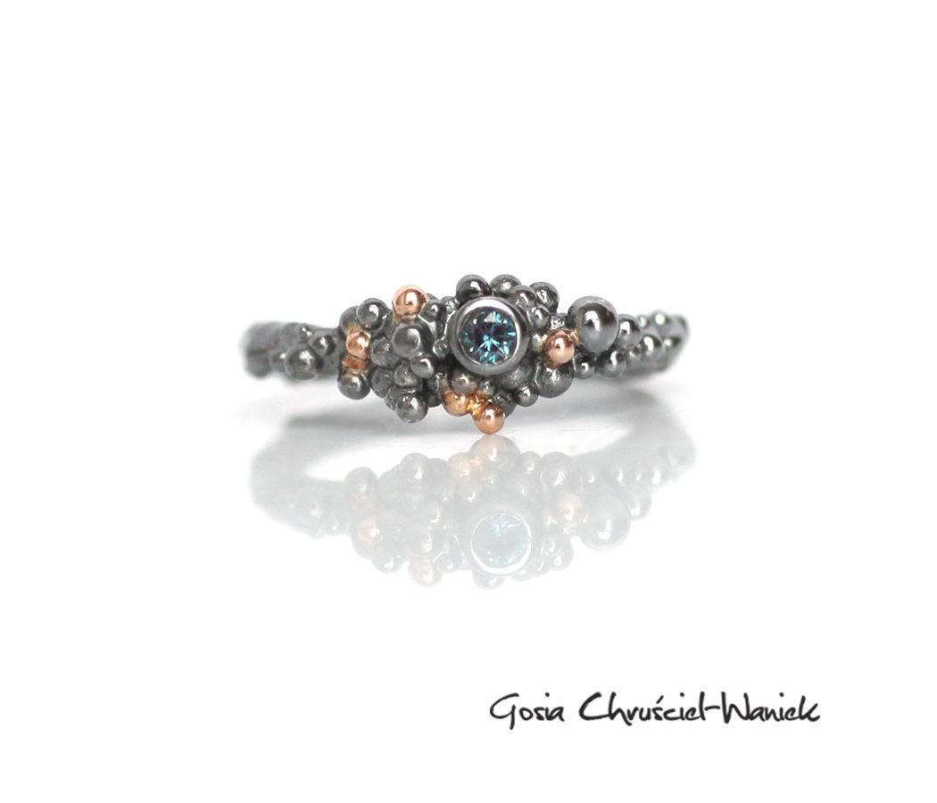 Srebrno-złoty pierścionek z aleksandrytem