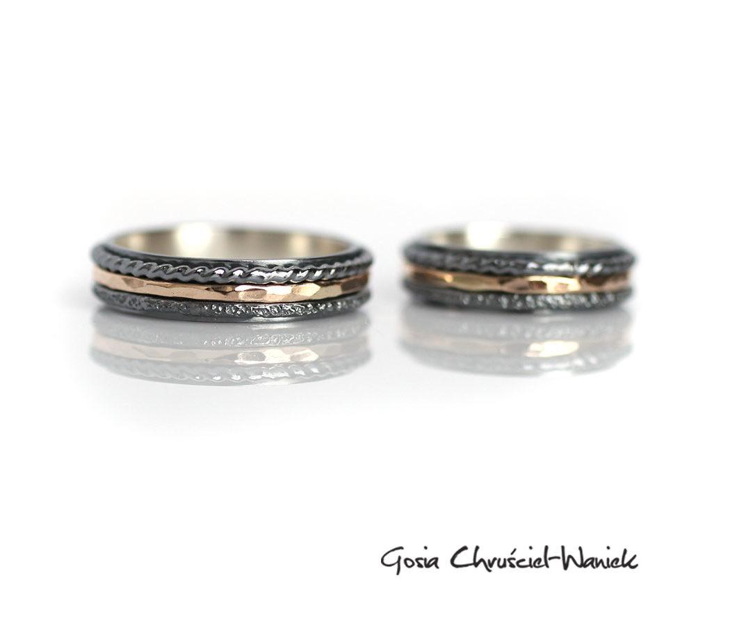 Ręcznie robione obrączki ze srebra i złota
