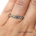 Organiczny srebrny pierścionek z aleksandrytem