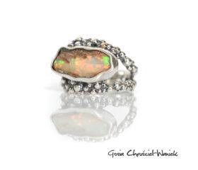 Opal ze skałkąi kuleczki