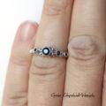 Srebrny, zaręczynowy pierścionek z szafirami