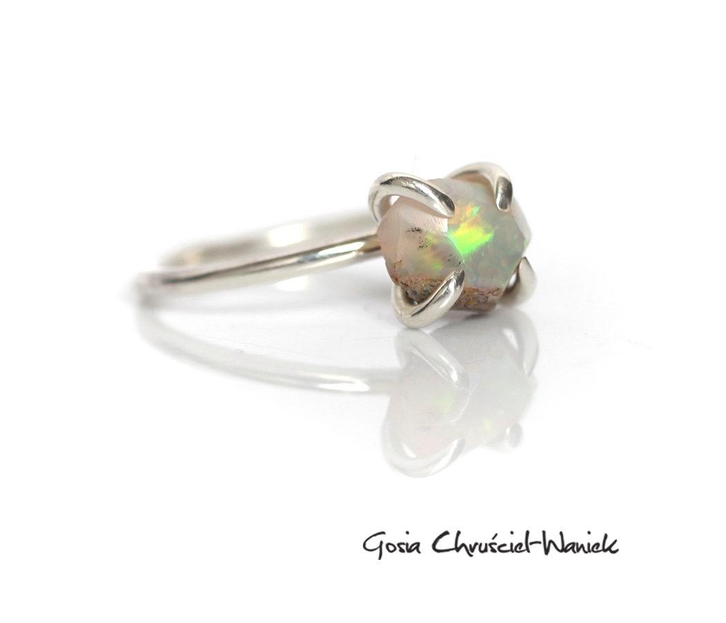 Srebro i opal etiopski
