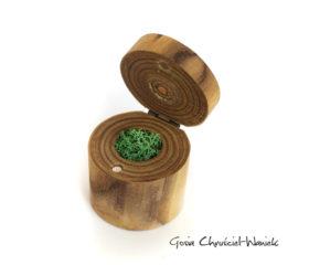 Małe pudełko z sumaka