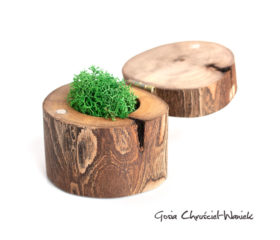 Ręcznie zrobione pudełko z orzecha