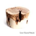 Naturalne, fręcznie robione pudełko drewniane