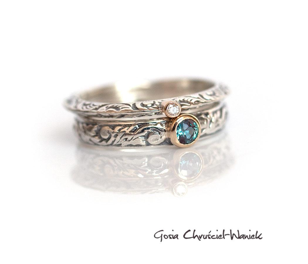 Srebrno złote pierścionki z aleksandrytem i brylantem