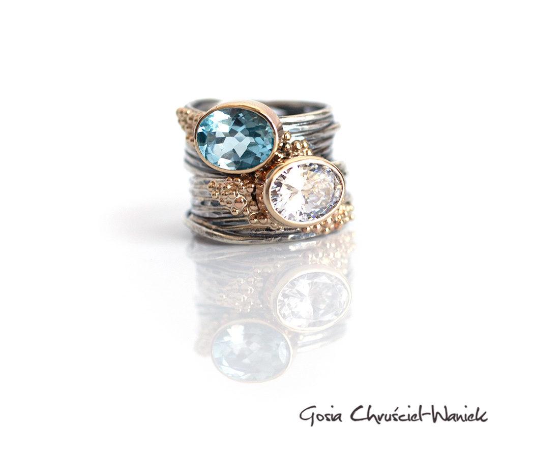 Srebrno złote efektowne pierścienie