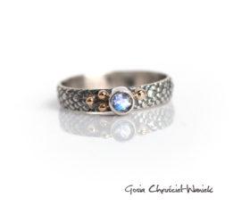 Smoczy pierścionek z moonstonem