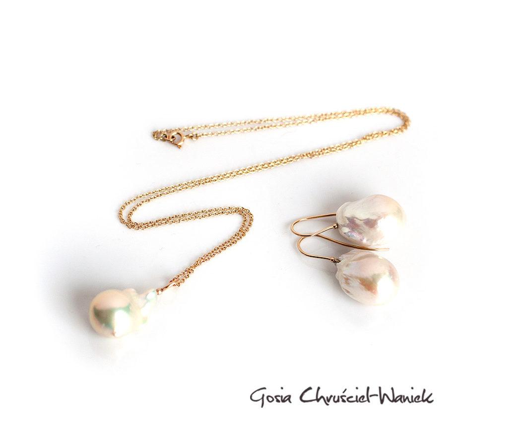 KOmplet perły barokowe w złocie