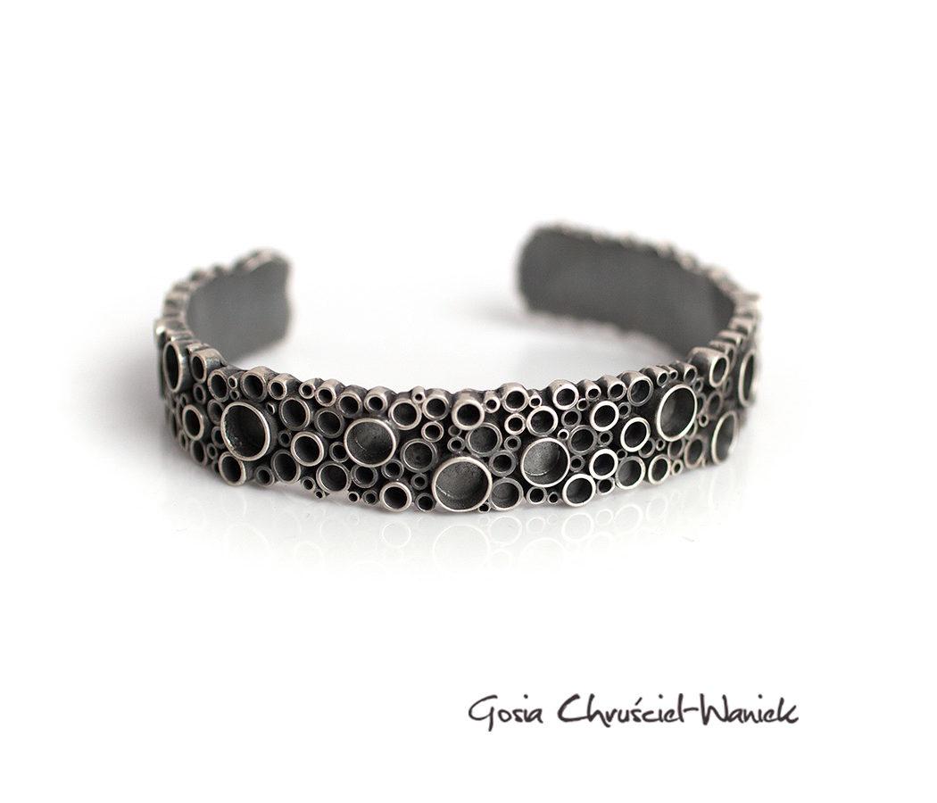 Industrialna bransoleta z kolekcji TUbes
