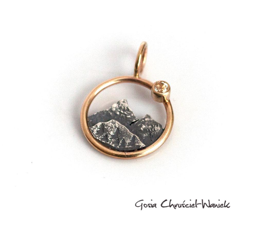 Srebro, złoto i kamień księżycowy