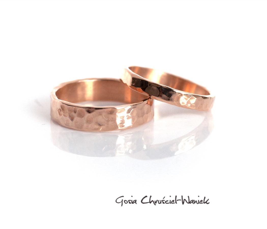 Ręcznie robione, złoto obrączki ślubne