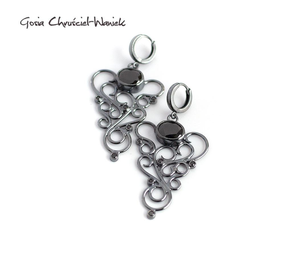 Czarne, eleganckie kolczyki srebrne