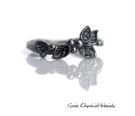Wild Berries – srebrny pierścionek z listkami