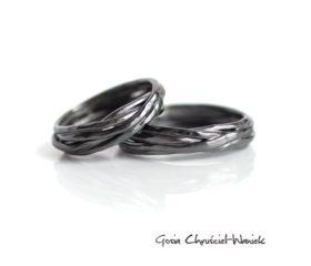 Plecione, fakturowane obrączki ze srebra
