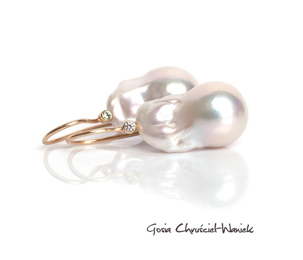 Kolczyki z barokowymi perłami w złocie