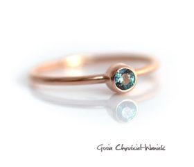 Klasyczny pierścionek z aleksandrytem